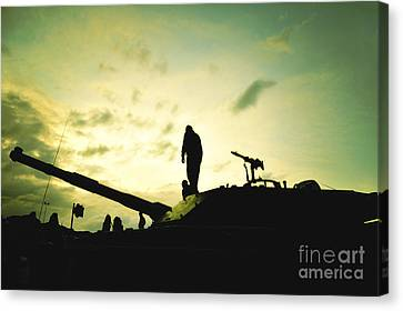 Silhouette Of War  Canvas Print by Stefano Senise