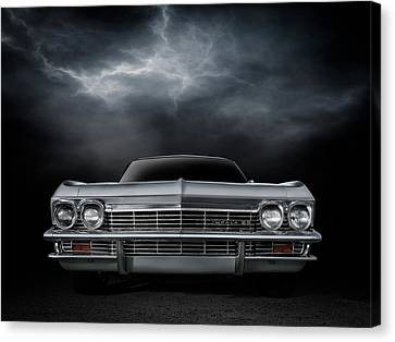 Silver Sixty Five Canvas Print by Douglas Pittman