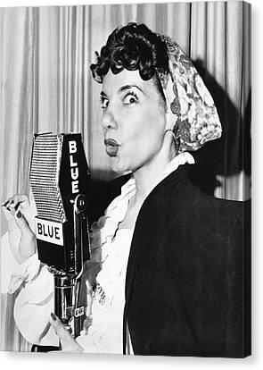 Singer Carmen Miranda Canvas Print by Underwood Archives