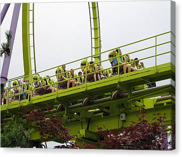 Six Flags Great Adventure - Medusa Roller Coaster - 12121 Canvas Print by DC Photographer