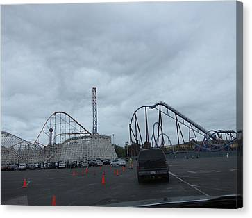 Six Flags Magic Mountain - 12121 Canvas Print by DC Photographer