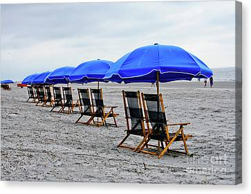 Slow Day At The  Beach Canvas Print by Thomas Marchessault