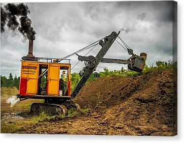 Small Steam Shovel Canvas Print by Paul Freidlund