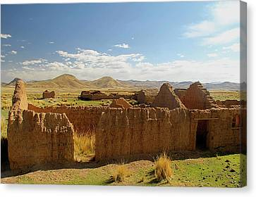 South America, Peru, The Andes Canvas Print by Kymri Wilt