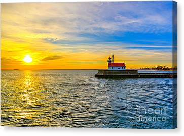 South Pier Morning Canvas Print by Bryan Benson
