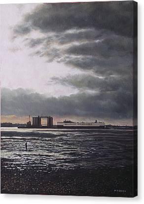 Southampton Docks From Weston Shore Winter Sunset Canvas Print by Martin Davey