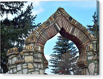 Spade Shaped Archway Canvas Print by Kae Cheatham