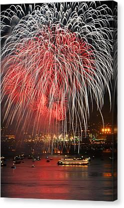 Spectator Boats Beneath A San Francisco 4th Of July Fireworks Show Canvas Print by Scott Lenhart