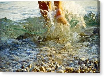 Splish Splash Canvas Print by Heiko Koehrer-Wagner