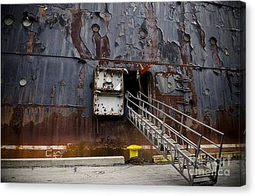 Ss United States - All Aboard Canvas Print by Jessica Berlin