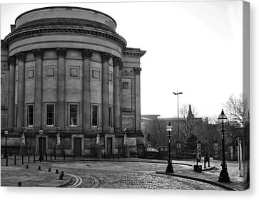 St Georges Hall In Liverpool Black And White Canvas Print by Georgia Fowler