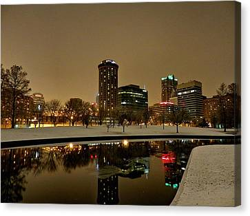 St. Louis - Winter At The Arch 007 Canvas Print by Lance Vaughn