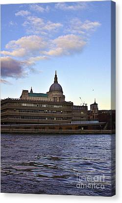 St Paul's Cathedral London Canvas Print by Terri Waters