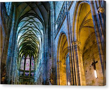 St Vitus Cathedral Canvas Print by Dave Bowman