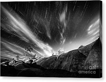 Startrails Over Badlands Canvas Print by Charline Xia