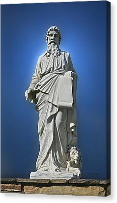 Statue 23 Canvas Print by Thomas Woolworth