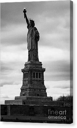 Statue Of Liberty National Monument Liberty Island New York City Canvas Print by Joe Fox