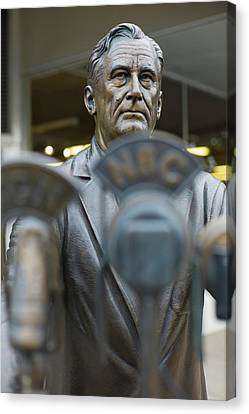 Statue Of Us President Franklin D Canvas Print by Panoramic Images