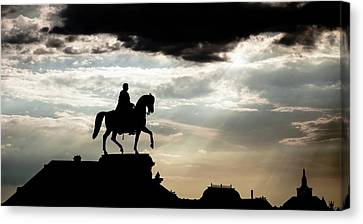 Statue Canvas Print by Wladimir Bulgar