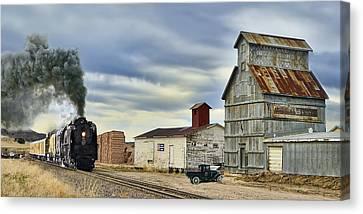 Steam In Castle Rock Canvas Print by Ken Smith