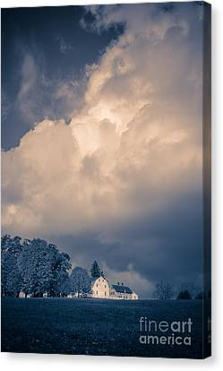 Storm Coming To The Old Farm Canvas Print by Edward Fielding