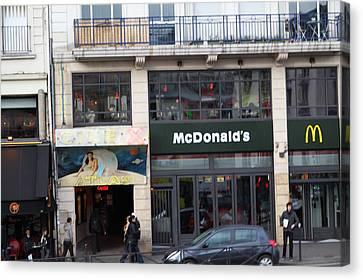 Street Scenes - Paris France - 011351 Canvas Print by DC Photographer