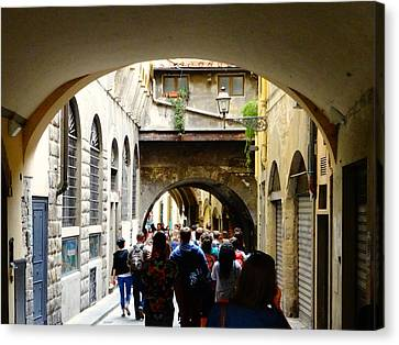 Streets Of Florence Canvas Print by Alan Lakin