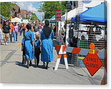 Summer Festival In Berne Indiana II Canvas Print by Suzanne Gaff