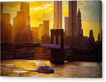 Summertime At The Brooklyn Bridge Canvas Print by Chris Lord