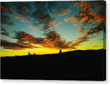 Sundown In Yellowstone Canvas Print by Jeff Swan