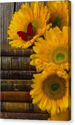 Sunflowers And Old Books Canvas Print by Garry Gay