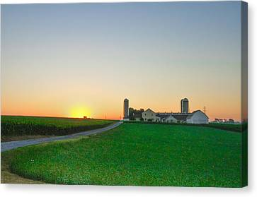 Sunrise On A Lancaster County Farm Canvas Print by Bill Cannon