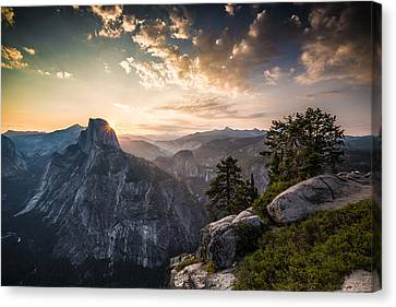 Sunrise Over Half Dome At Glacier Point Canvas Print by Mike Lee