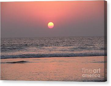 Sunset At San Juan De Alima Canvas Print by Linda Queally