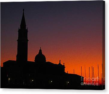 Sunset In Venice Canvas Print by C Lythgo