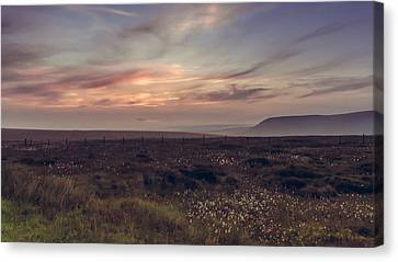 Sunset Light In The Peak District Canvas Print by Chris Fletcher