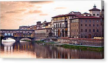 Sunset On Ponte Vecchio In Florence Canvas Print by Susan  Schmitz