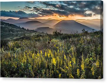 Sunset On Sam Knob Canvas Print by Rob Travis
