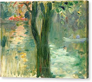 Sunset Over The Lake Bois De Boulogne Canvas Print by Berthe Morisot