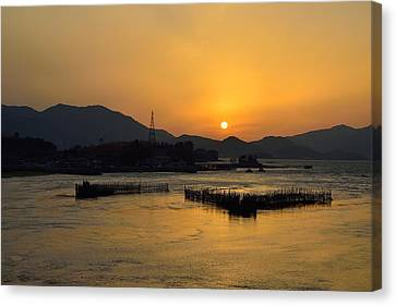 Sunset With Facility For Fishing Anchovy By Flow Of Sea Water Canvas Print by Sihyeon Park