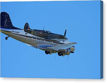 Supermarine Spitfire  -  British Canvas Print by David Wall
