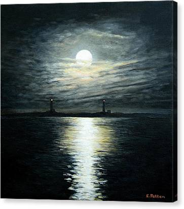 Supermoon Rising Over Thacher Island Canvas Print by Eileen Patten Oliver