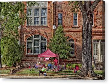 Tailgating At The University Of Alabama Canvas Print by Mountain Dreams