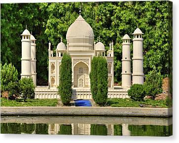 Taj Mahal Canvas Print by Ricky Barnard