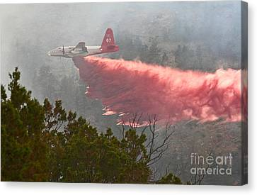 Canvas Print featuring the photograph Tanker 07 On Whoopup Fire by Bill Gabbert