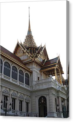 Temple Of The Emerald Buddha - Grand Palace In Bangkok Thailand - 011313 Canvas Print by DC Photographer