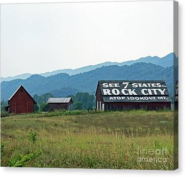 Tennessee Barn Canvas Print by Roger Potts