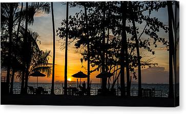 Thailand Sunset Canvas Print by Mike Lee