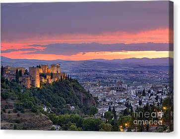 The Alhambra And Granada City At Sunset Canvas Print by Guido Montanes Castillo