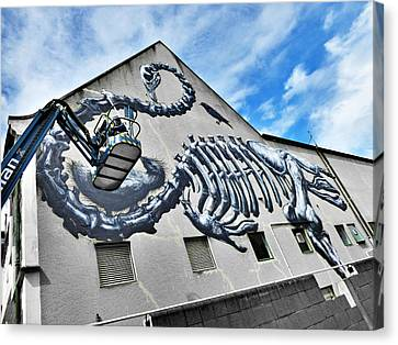 The Artist Roa At Work  Canvas Print by Steve Taylor